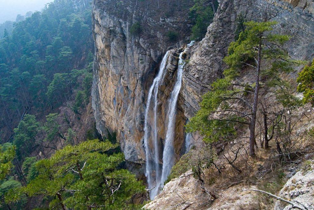 13_vodopad-uchan-su