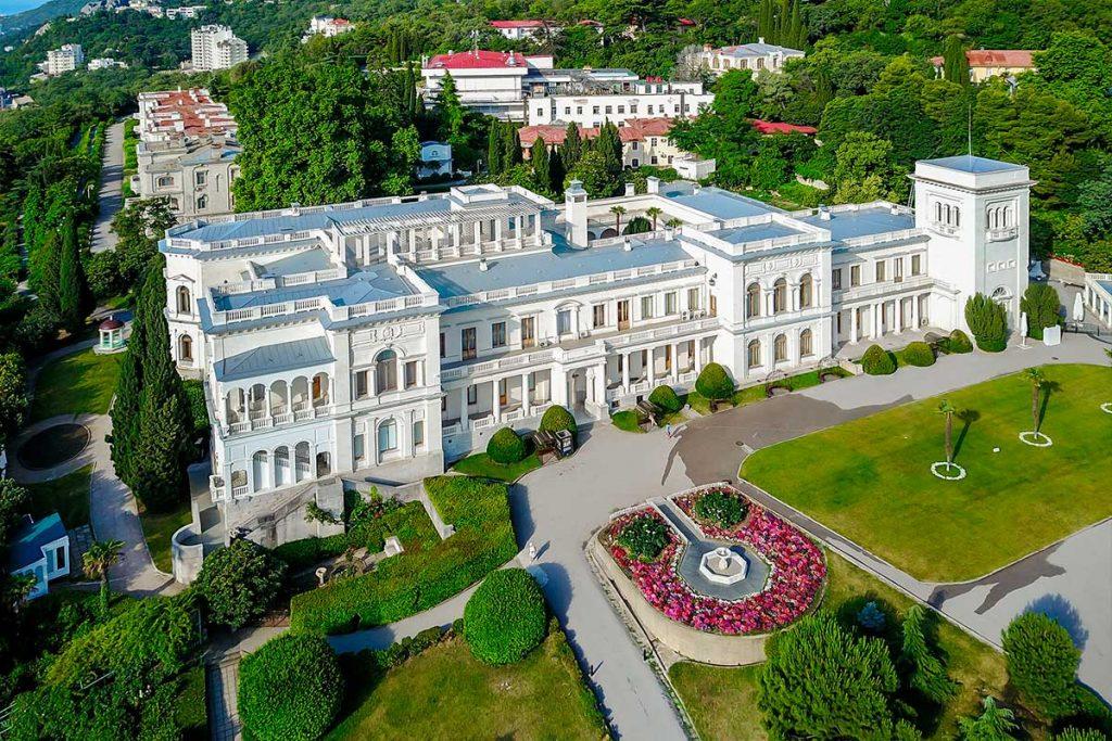 6_livadijskij-dvorecz