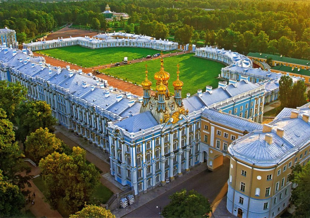 7_bolshoj-ekaterininskij-dvorecz