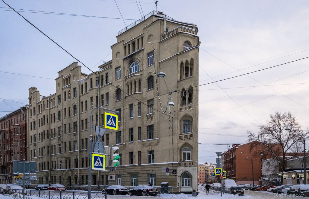 9_ploskij-dom