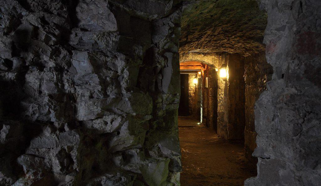 1_tupik-meri-king-edinburg-shotlandiya