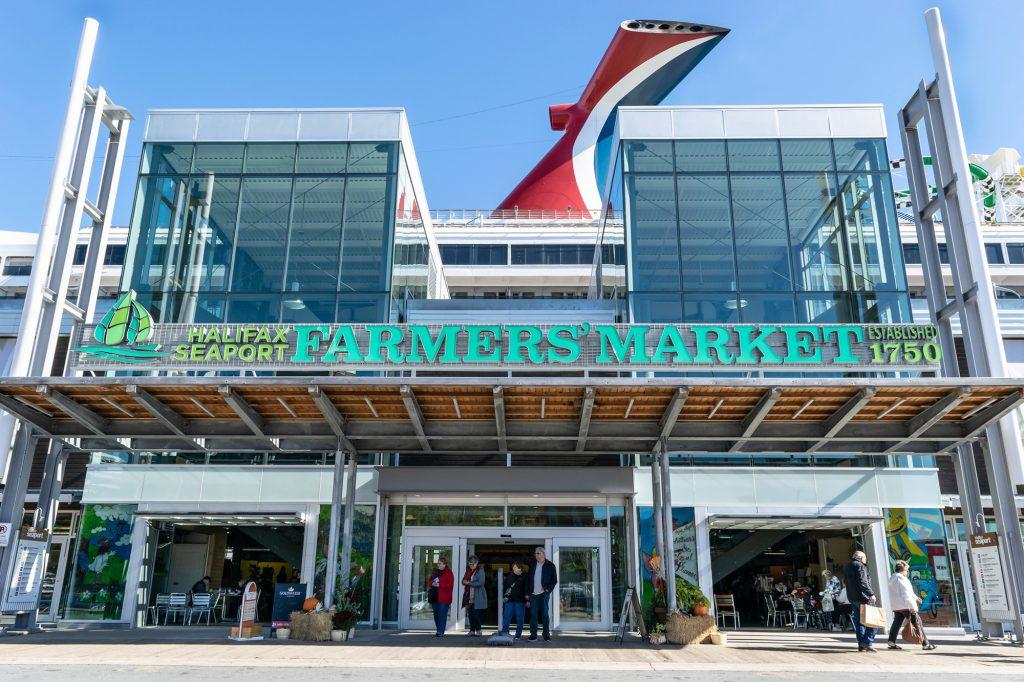 1_fermerskij-rynok-galifaksa-halifax-seaport-farmers-market
