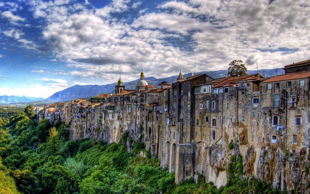 15_sant-agata-de-goti-italiya